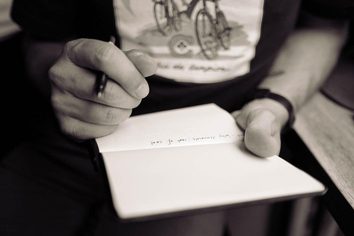 「キャリア式」職務経歴書で最初に書くべきは何か?